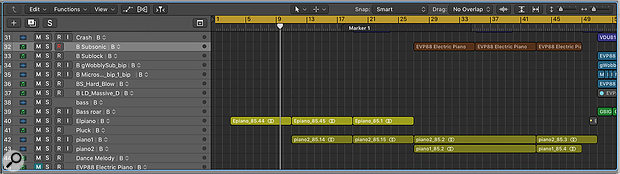 Screen 4: I  have duplicated the arrangement in Screen 3 to Track Alternative B and then made a range of changes including deleting, moving and recording regions. I can now switch between the arrangement in Screen 3 and the one in Screen 4 using the Track Alternative drop-down on any track. Because all tracks are grouped, all the playlists will switch simultaneously.
