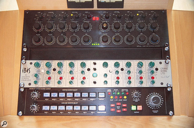 The clever signal routing and switching in Ray's Maselec mastering control console allowed processors to be switched in and out of the signal path easily and without audio glitches.