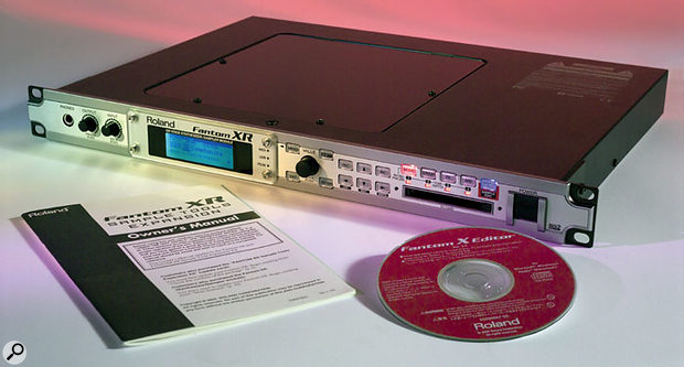 The upgraded Fantom XR used for this review, with the additional Sample Tools printed manual and the bundled disc containing the v2 Editor software.
