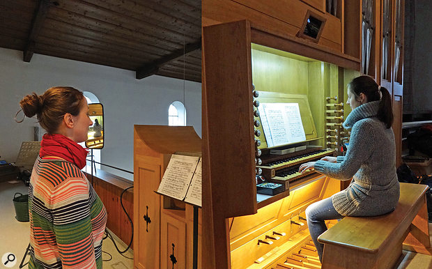 In order to allow the duo to perform back to back a large lorry wing mirror was rigged up to Ulrike's left‑hand side (left picture), in which she could see Elisabeth via the communication mirror installed at the top of the organ console (right picture).