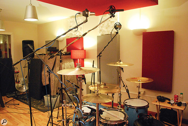 The two overhead setups: a pair of AKG C414s in cardioid mode, and a stereo figure-of-eight ribbon mic. As they'd never be used together, their direct phase relationship was not important, though they'd each need to work with other elements of the kit.