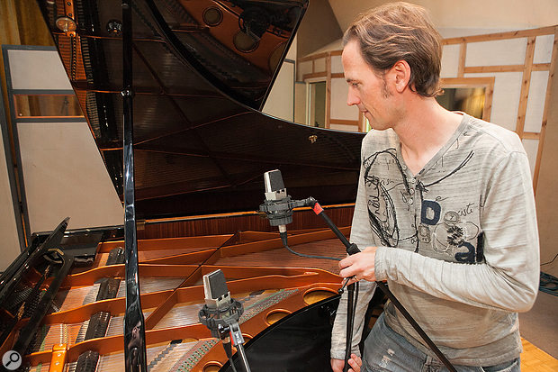 In order to give better audibility of the piano's higher register, the instrument's spot microphones were moved lower down, bringing them closer to the upper strings.