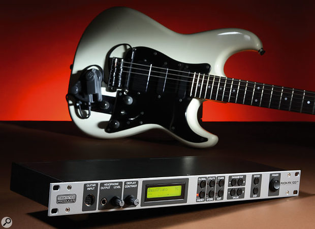 The AX100 MkII system. Here an old split pickup is being used on the guitar, but any GK-compatible split pickup can be used, or alternatively, one is available from Terratec themselves (the AIX101).