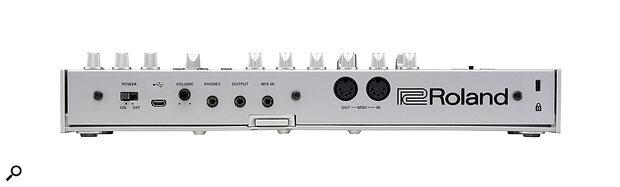 Roland TR-06 rear panel