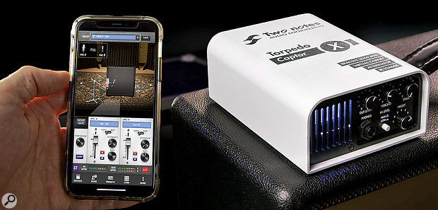 The CaptorX can be controlled via a smartphone or desktop app.