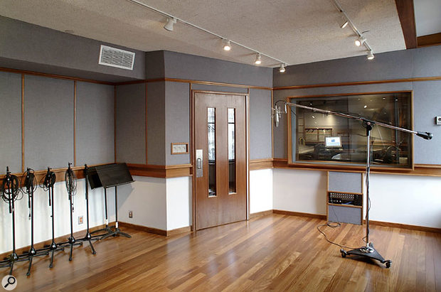 The live area for the Platinum Sound J-series room.
