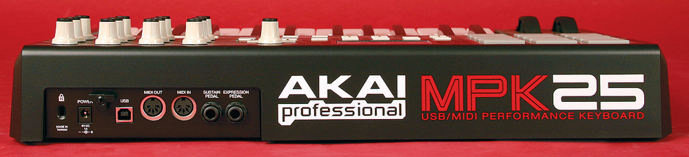 Akai MPK25