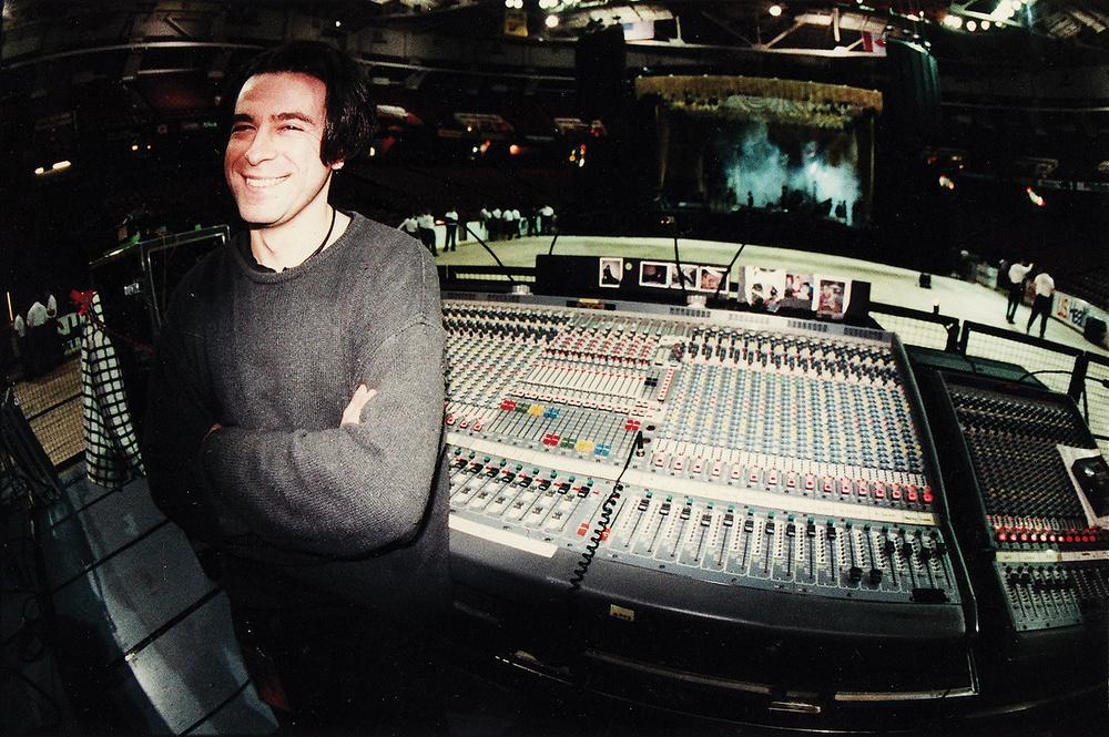 CLASSIC TRACKS: Nine Inch Nails 'Closer'