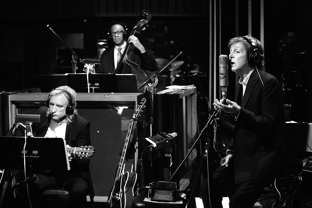 Tommy LiPuma: Paul McCartney Kisses On The Bottom