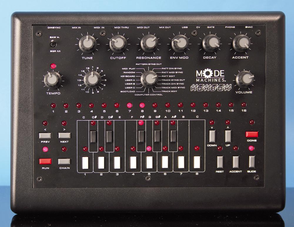 Mode Machines Xoxbox