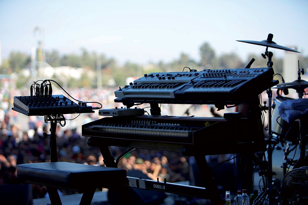 Roger Lyons: Kaiser Chiefs MIDI Tech