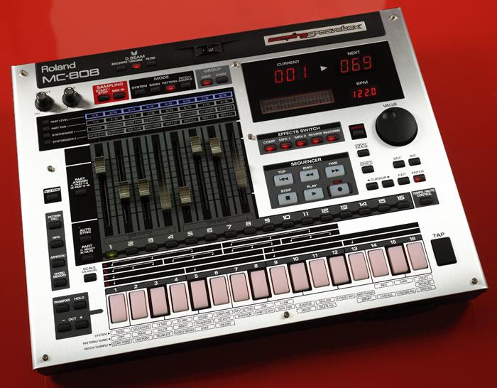 roland mc 808 vs 909
