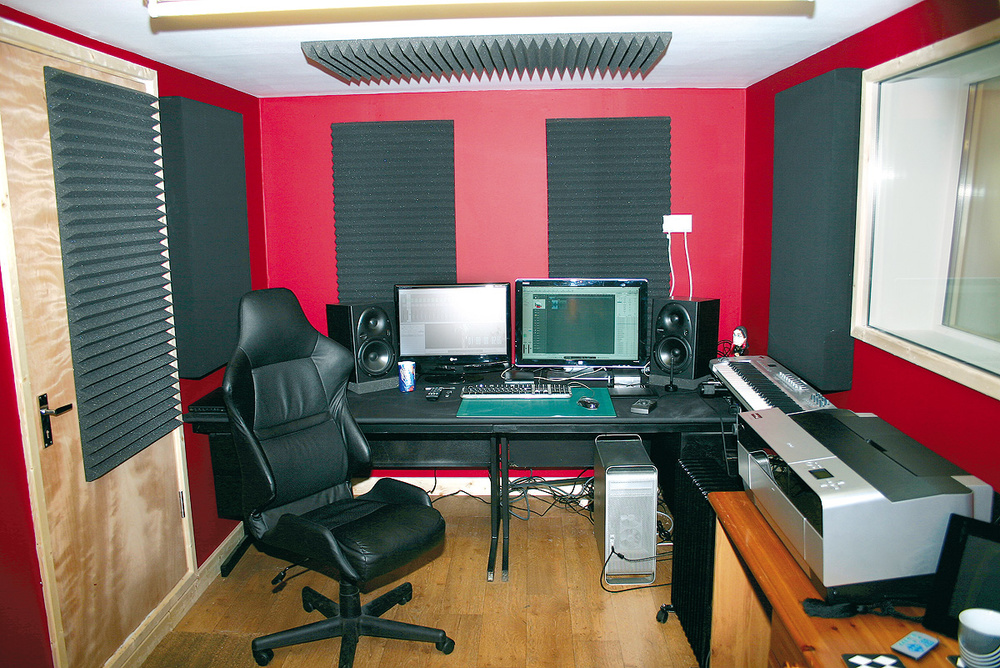 To Minimise Problems With Bass In Small And Medium Sized Rooms, Make Sure  Your Part 93