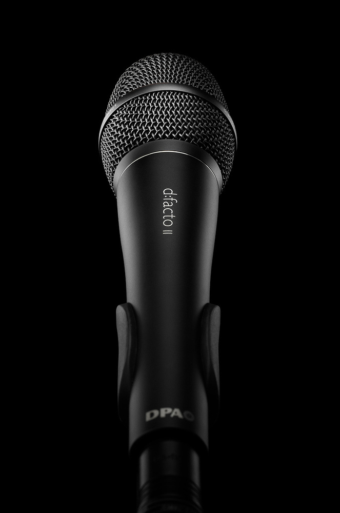 Choosing A Vocal Microphone For The Stage