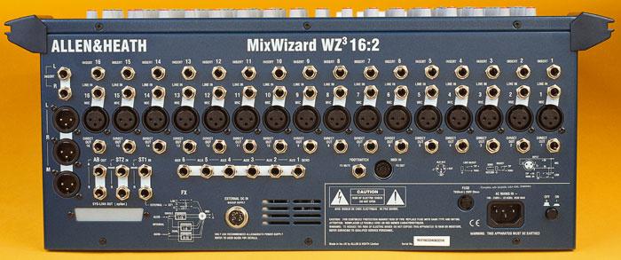 Case for an allen & heath mix wizard wz3 16 channel rack mount.