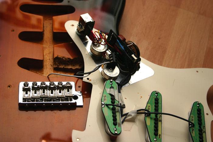 Kinman No-solder Harness & Pickup Set on