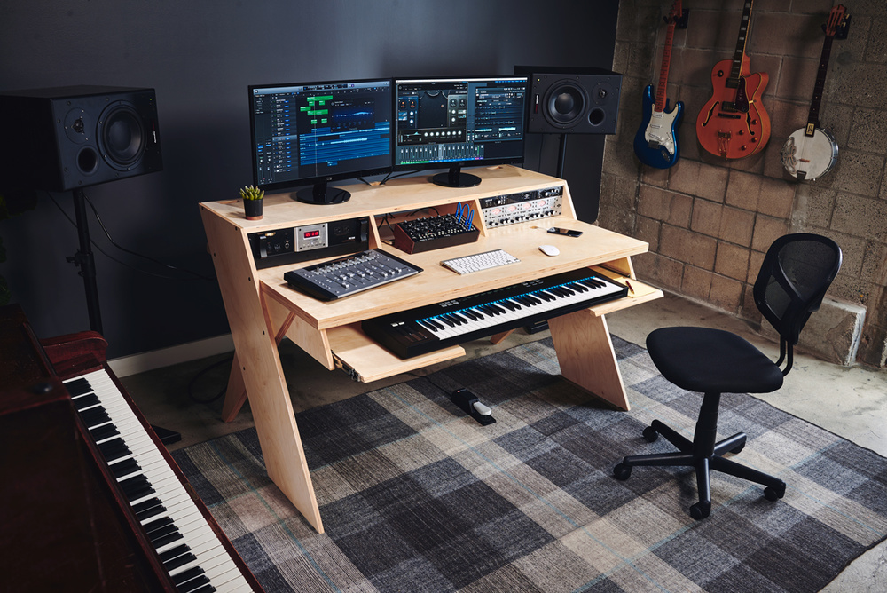 Yorkville Sound Deluxe Studio Workstation Small Long
