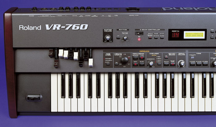 Roland VR760