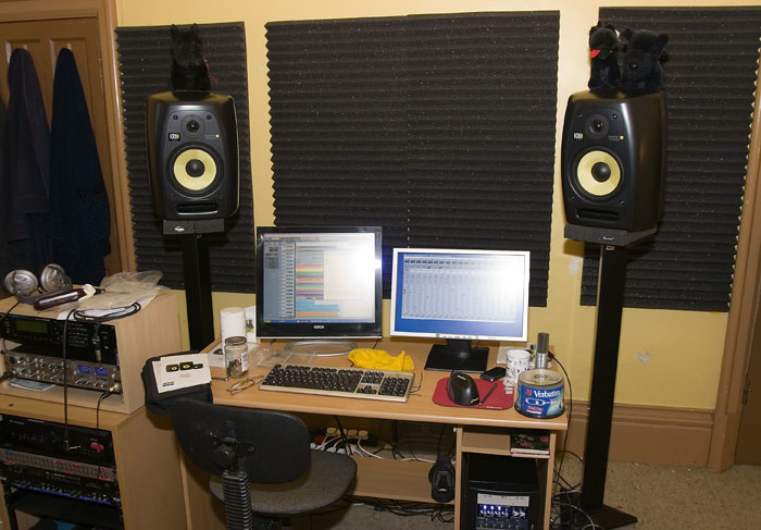 How to hook up studio monitors and sub