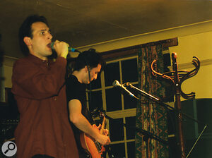 The Afterthought live, 1998: Colin Williams on vocals, and Tom Flint on guitar.