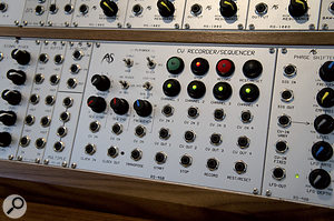 Among the more unusual modules in Analogue Systems' current range are the RS450 CV Recorder/Sequencer, the RS400 four-stage phaser, and the RS130 Programmable Scale Generator.
