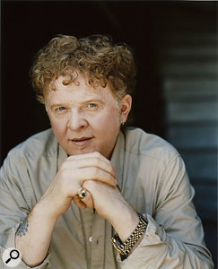 Having made a lot of money for his former label, Warner Music, but still not having access to the masters of his own material, Simply Red's Mick Hucknall turned his back on what he described as an 'immoral' deal, to go his own way with simplyred.com.