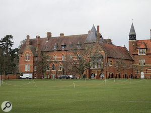 The concert took place at the newly refurbished Amey Theatre in Abingdon School.
