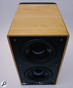 Two rear-mounted 200mm bass drivers endow the 8C with impressive low-end extension.