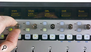 In Insert mode, each display shows the contents of a  single plug–in slot on its associated channel; if Channel mode is active, the eight channels show the first eight plug–in slots on the 'attentioned' channel.