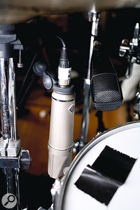 Stewart's favourite Ludwig snare, with U87 positioned to capture the 'beef'.
