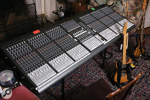 Being familiar with the layout of Mackie Onyx desks, the band chose to use one for the album sessions rather than investigate vintage or ultra high–end alternatives.