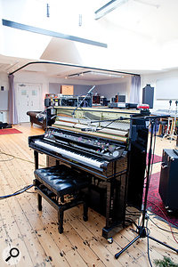 The Yamaha Disklavier MIDI piano enables Chris Martin's live piano parts to be perfectly replayed later in isolation and re-recorded without bleed.