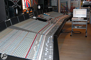 The mix took place on the SSL 9080J in Warehouse Studio Three.