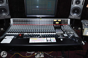 To help develop the working approach he had in mind for Electronica, Jean–Michel Jarre installed an SSL AWS 948 hybrid console in his Paris studio.