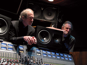 Part of John Porter's success is down to his ability to find the right musicians — like top-flight keyboard player Benmont Tench, shown here in House Of Blues Studio, Encino with Porter on a Shelby Lynne session.