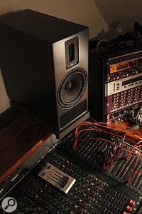 Kerr Acoustic K300