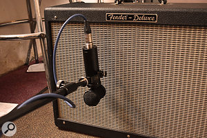Putting the LS‑308 up against a guitar amp yielded impressive results.
