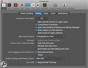 Logic's General Preferences allow you to assign a  third tool to the right mouse button.