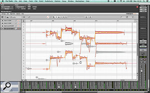 Melodyne Studio 4 brings full multitrack operation to the plug–in version for the first time. In one plug–in window, I  have three harmony vocal parts open for editing, with the lead vocal notes visible for reference in grey. By engaging the Transfer buttons in the plug–in instance view at the left, I  can transfer audio to any number of Melodyne plug–ins at once.