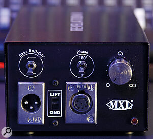 The PSU sports acontinuously variable polar pattern control, plus switches for ahigh‑pass filter and polarity reversal.
