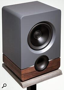 How To Choose Studio Monitors