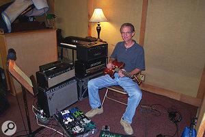 Session guitarist Chris Leuzinger.