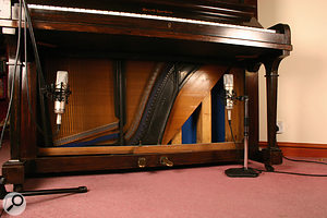 Q. How do you record Upright Piano?