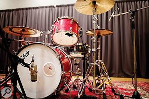 The studio boasts a  beautiful vintage Ludwig Hollywood kit.