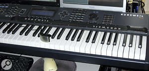 A long‑scale ribbon controller brings extra realism to Ondes performances. A Kurzweil PC2RIB is seen here mounted above the keyboard on my Kurzweil PC3, together with a Yamaha breath controller (resting on the keys).