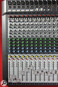 The first eight channels each have a  fixed dbx compressor, while channels 7–10 have a  Hi–Z switch, allowing them to accommodate instrument signals.