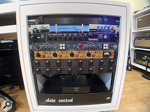Over the years, Steve Ouimette has moved to mixing entirely in the box in order to facilitate recall. As a result, his remaining outboard consists only of 'front end' recording devices: in this rack, a Peterson strobe tuner, Tech 21 SansAmp guitar DI, and Aurora GTQ2 and UTA MPDI-4 mic preamps.