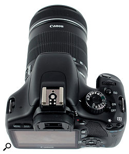 The 550D'sT2i's video mode is accessed via the mode wheel on the top of the body, which is a little less convenient than the the professional 7D's dedicated switch.