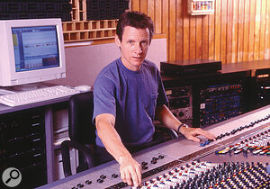 Producer Terry Manning proposed the 'cardinal points law' technique for panning as a means of ensuring that the stereo mix doesn't become too congested.