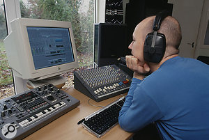 If you're new to it, mixing a multitrack project can seem overwhelming.